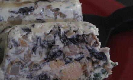 Terrine de champignons et de foie gras.