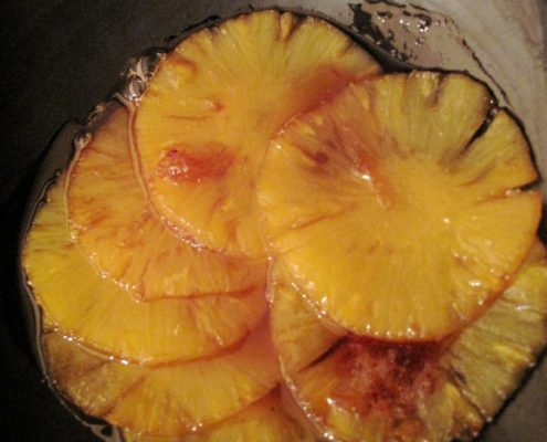 Ananas flambé au rhum