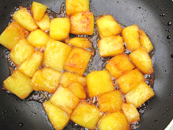 ananas au caramel et pourquoi pas flamb 233 h 233 l 232 ne