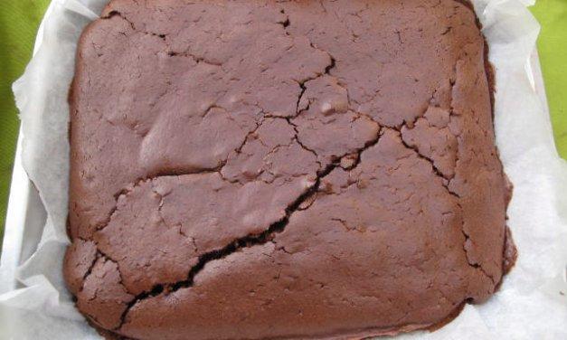 Gâteau au chocolat «fait maison»