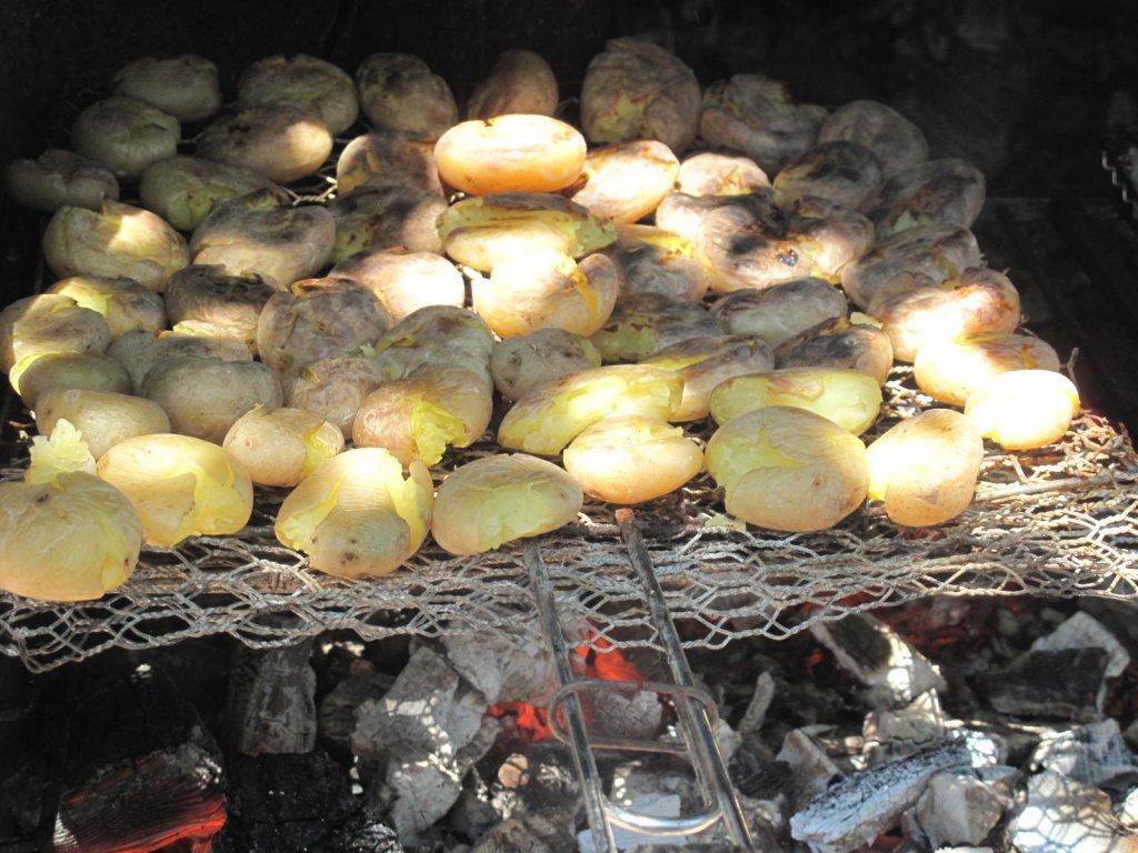 pommes de terre écrasées au BBQ
