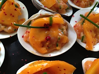 Tartare de saumon à la mangue