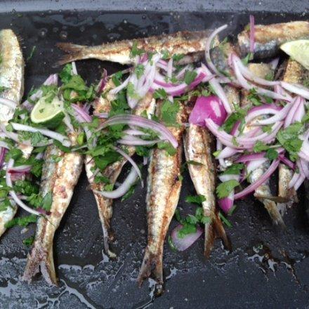Cuire des sardines à la plancha