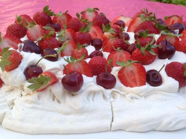 pavlova fraises et cerises