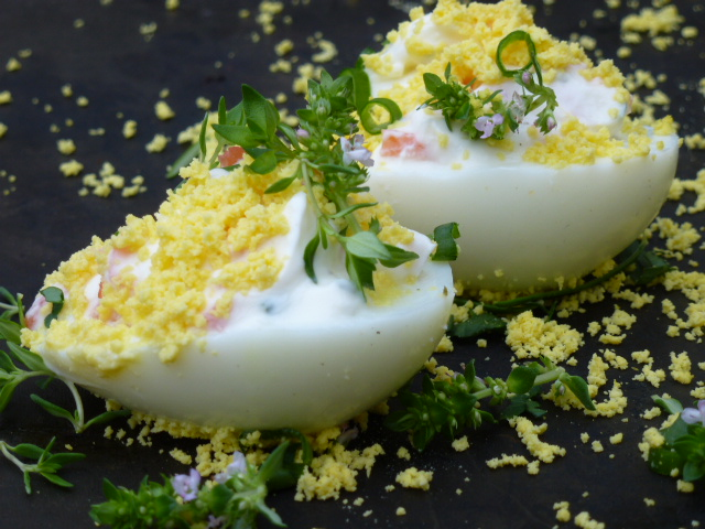 oeufs mimosa ail et fines herbes