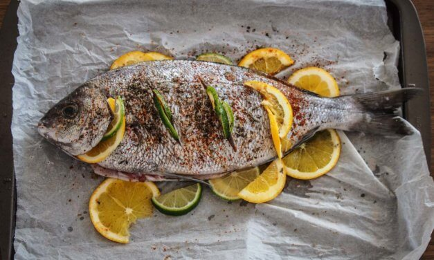 Dorade aux agrumes cuite au four – cuisson poisson entier
